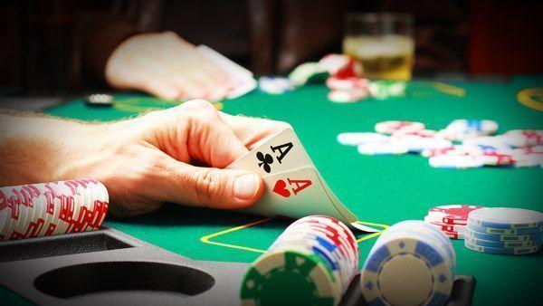 cómo conseguir dinero online poker
